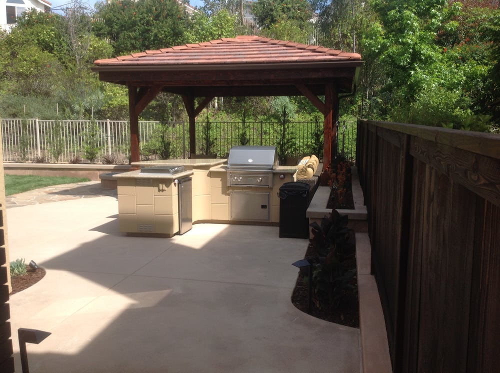 Zoomed out image of the outdoor kitchen